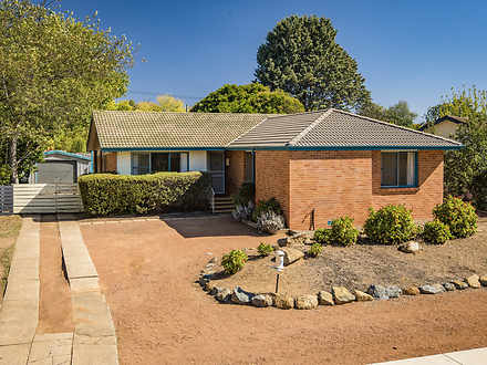 21 Maclaurin Crescent, Chifley 2606, ACT House Photo