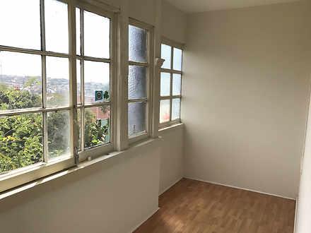 Apartment - 5/301 Bondi Roa...
