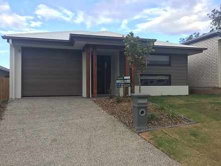 House - 8 Mount Glorious St...