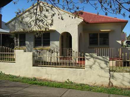 House - 127A Brisbane Stree...