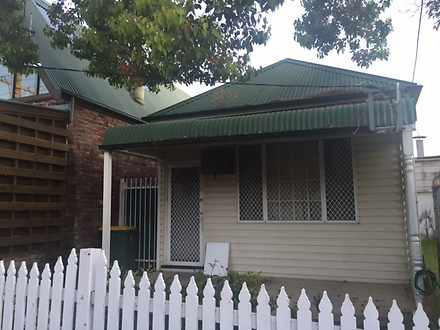 House - 10 William Street, ...
