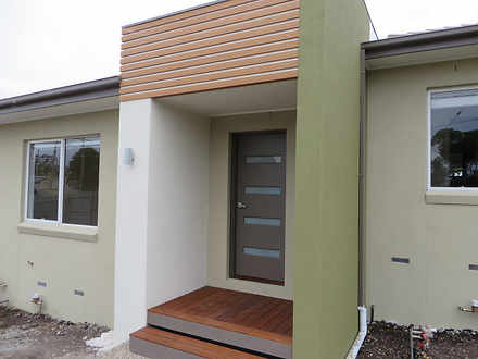 Townhouse - 2/2 Woolnough D...