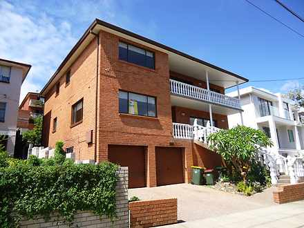 House - 105 Moverly Road, S...