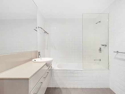 D5cdda98fc0126814e8ed5a6 2122 1 bathroom 1597627923 thumbnail