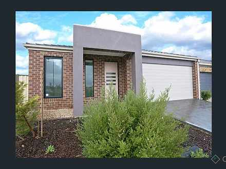 22 Maple Edge Way, Brookfield 3338, VIC House Photo