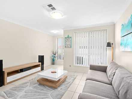 3/5 Vlatko Drive, West Hoxton 2171, NSW Townhouse Photo