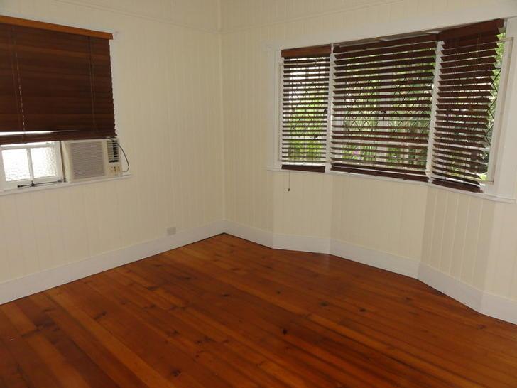 24 Fenton Street, Fairfield 4103, QLD House Photo