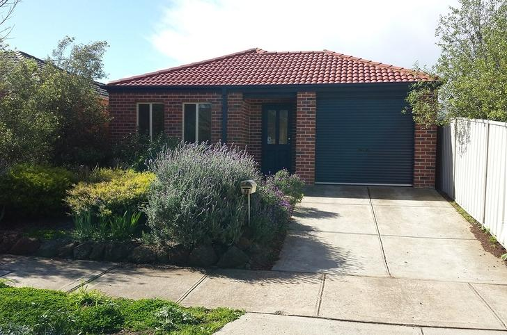 72 Clarendon Wynd, Caroline Springs 3023, VIC House Photo