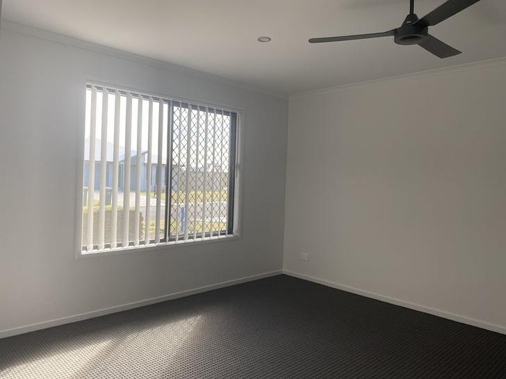 1 Sailaway Circuit, Eli Waters 4655, QLD House Photo
