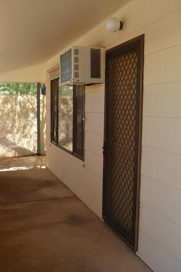 UNIT 9/6-8 Kennebery Crescent, Roxby Downs 5725, SA Unit Photo