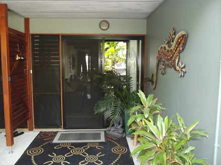 10 Cowes Street, Macleay Island 4184, QLD House Photo