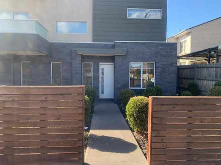 1/162-166 Cumberland Road, Pascoe Vale 3044, VIC Townhouse Photo