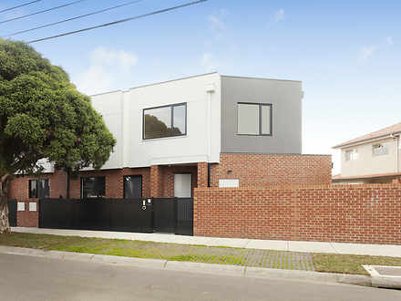 105 Truganini Road, Carnegie 3163, VIC Townhouse Photo