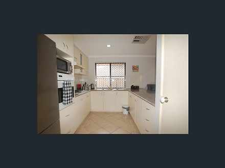E05d4c85b7f90ae3cda655d2 10108 kitchen 1599196710 thumbnail