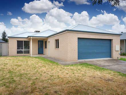 8 Wattle Way, Albury 2640, NSW House Photo