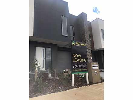 15 Roosevelt Way, Point Cook 3030, VIC Townhouse Photo