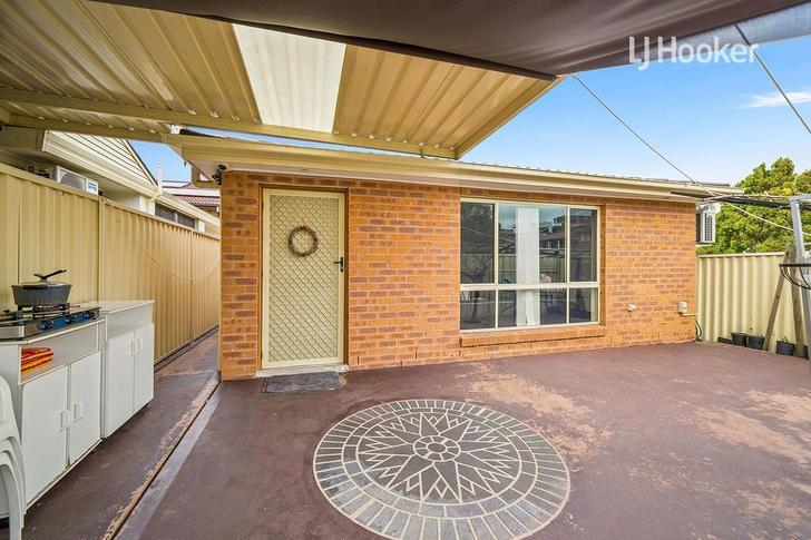 6A Fuchisa Place, Bossley Park 2176, NSW Duplex_semi Photo