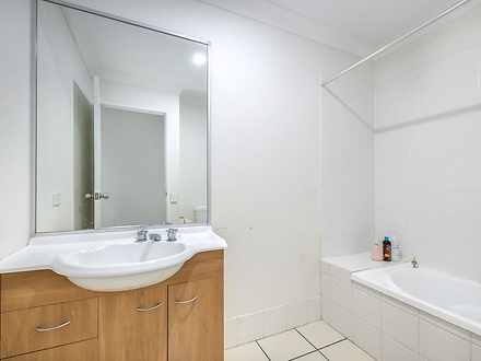 Eab15ef73966caaf3446f0f0 22617 bathroom 1599632005 thumbnail
