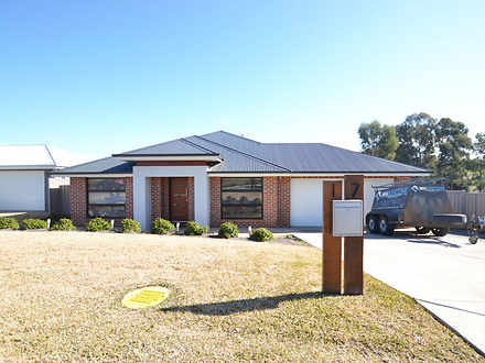 17 Flack Crescent, Boorooma 2650, NSW House Photo