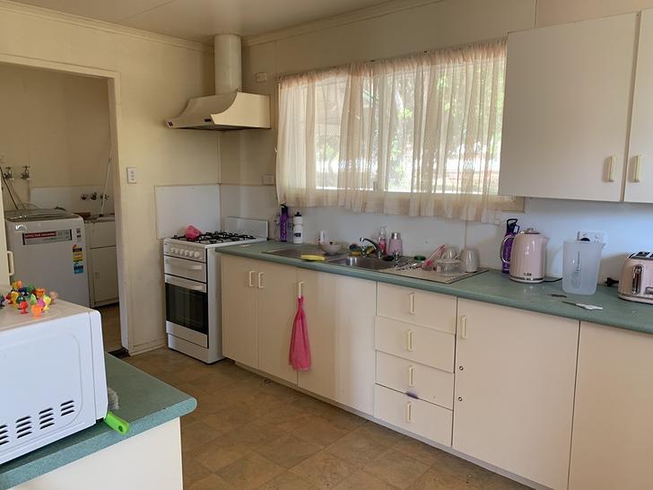 8 Poole Street, Leichhardt 4305, QLD House Photo