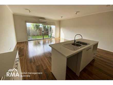 35/1-5 Thomas Carr Drive, Tarneit 3029, VIC Townhouse Photo