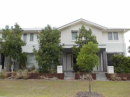 3-36 Beaumont Street, Pimpama 4209, QLD Townhouse Photo