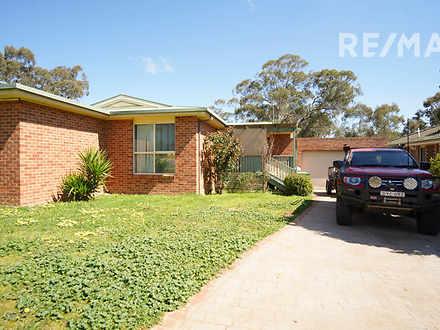 19 Swan Street, Ashmont 2650, NSW House Photo
