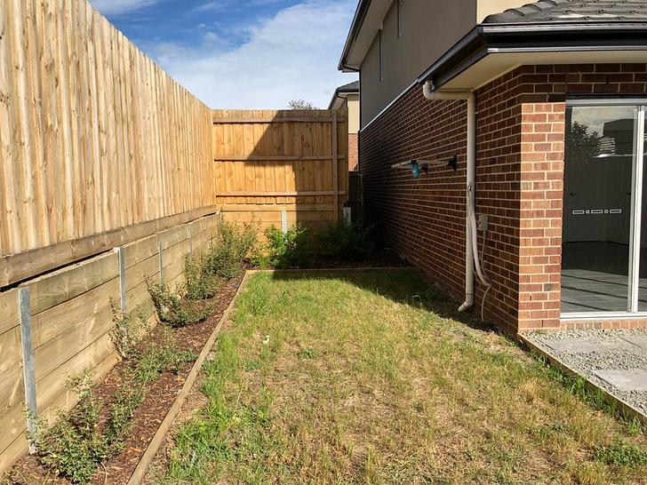 12 Pistachio Close, Hampton Park 3976, VIC Townhouse Photo