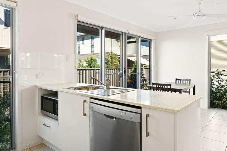 10/29-31 Daisy Street, Miles 4415, QLD Townhouse Photo