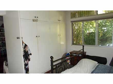 E48972bafd3af905280f3e7a bedroomrobe 20200916 1000688198 1600233279 thumbnail