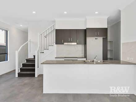 30 Henderson Road, Everton Hills 4053, QLD House Photo