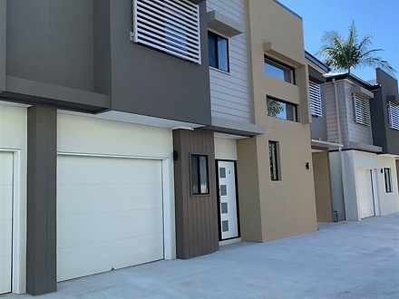 115 Eugaree Street, Southport 4215, QLD Townhouse Photo