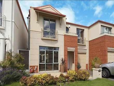 31 Australis Circuit, Port Melbourne 3207, VIC House Photo