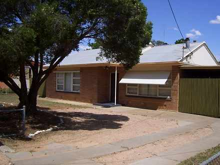5 Mcgregor Street, Berri 5343, SA House Photo