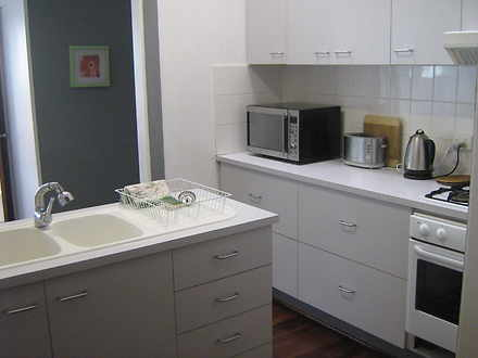 Ourstayaway hope house kitchen 2 1600675523 thumbnail