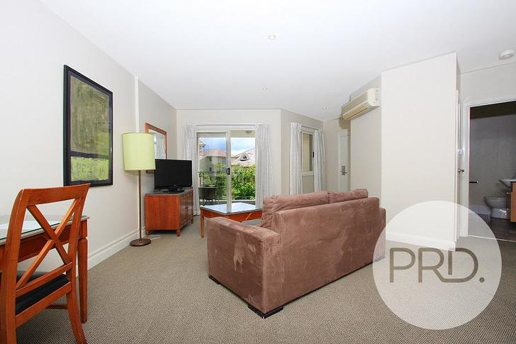 55/7 Empire Circuit, Forrest 2603, ACT Apartment Photo