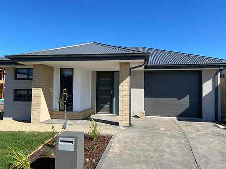 15 Merlot Way, Clyde North 3978, VIC House Photo