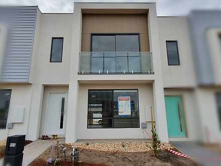 924 Morris Road, Truganina 3029, VIC Townhouse Photo