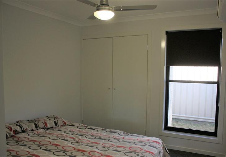 UNIT 1/3 Duroux Street, Emerald 4720, QLD Unit Photo