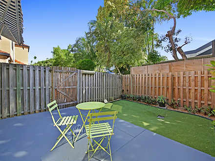 8/119 Pohlman Street, Southport 4215, QLD Townhouse Photo