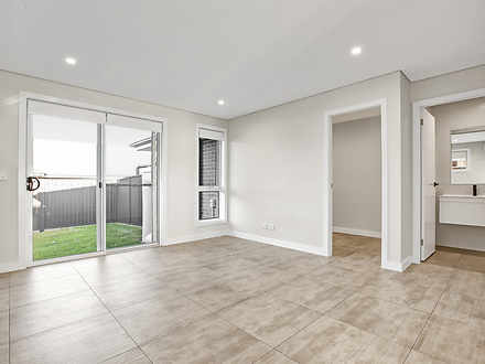 6B Courtney Loop, Oran Park 2570, NSW Duplex_semi Photo