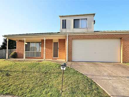 1 Castella Place, Hampton Park 3976, VIC House Photo