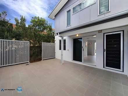 3/207 Brisbane Street, Bulimba 4171, QLD Townhouse Photo