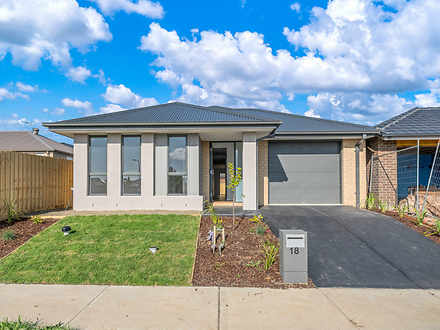 18 Merlot Way, Clyde North 3978, VIC House Photo