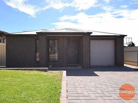 4A Dominic Crescent, Morphett Vale 5162, SA House Photo