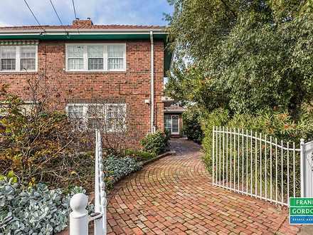 18 Griffin Crescent, Port Melbourne 3207, VIC Townhouse Photo