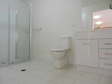 E95db12c33c273493fb419a2 12712475  1601436016 7656 bathroom 1601436387 thumbnail