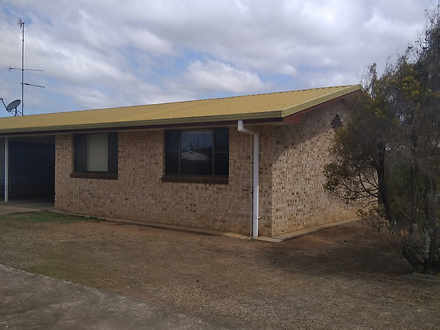 1/12 Row Street, Kepnock 4670, QLD House Photo