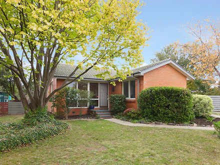 19 Maclaurin Crescent, Chifley 2606, ACT House Photo