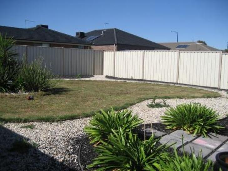 9 Magpie Street, Brookfield 3338, VIC House Photo